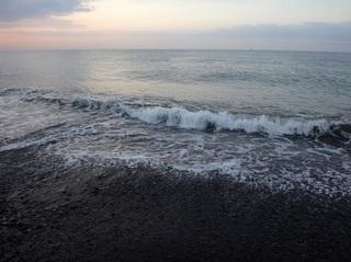 300414 1 朝の海.JPG